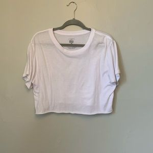Loose fitted cropped tee